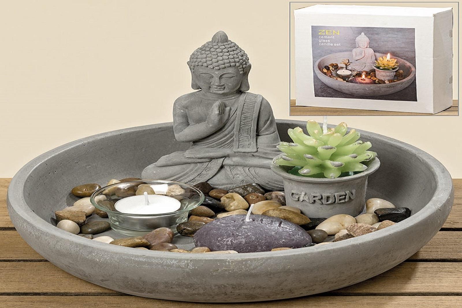 Buddha mit Kerze